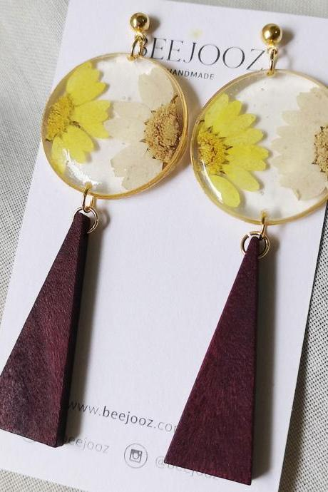 18K Gold Plated White & Yellow Daisy Wooden Stud Drop