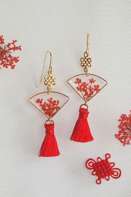 18K Gold Plated Red Lace Flower Fan Tassel Drop with Oriental Knot